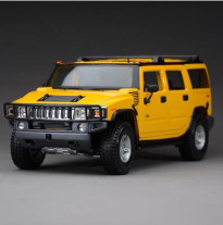 Hummer H2 1:18 Maisto Toy SUV jeep alloy car model diecast